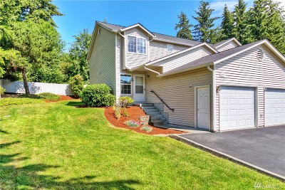 Puyallup WA Condo/Townhouse For Sale: $189,000
