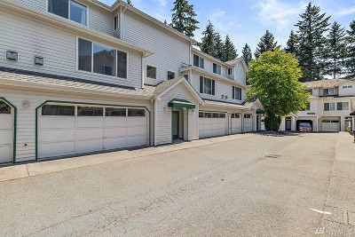 Bellevue Condo/Townhouse For Sale: 16227 Northup Wy #B202