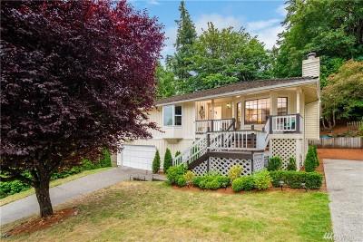 Bellevue WA Single Family Home For Sale: $800,000