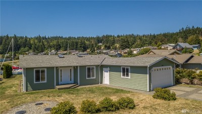 Oak Harbor WA Single Family Home For Sale: $459,000