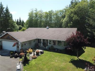 Elma Single Family Home For Sale: 70 Mountain View Lane