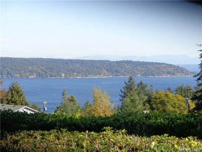 Gig Harbor Single Family Home For Sale: 6001 Soundview Dr
