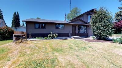 Everett Single Family Home For Sale: 11632 Center Rd