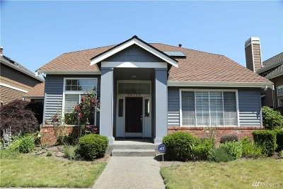 King County Single Family Home For Sale: 25722 SE 37th St