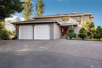 Everett Single Family Home For Sale: 4908 Dover St