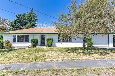 Oak Harbor WA Single Family Home For Sale: $279,000