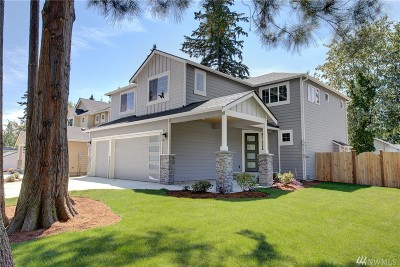 Lynnwood Single Family Home For Sale: 20406 55th Ave W