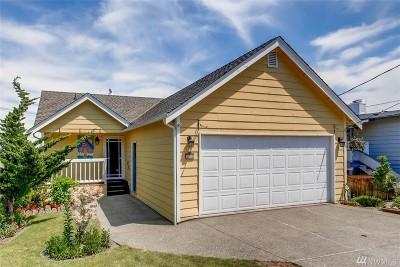 Single Family Home For Sale: 4215 N Vassault St