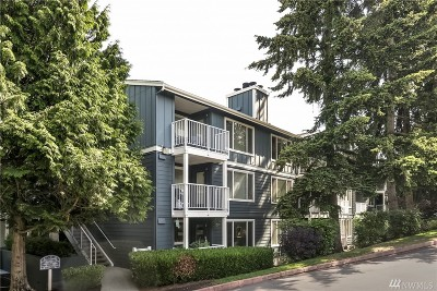 Seattle Condo/Townhouse For Sale: 300 N 130th St #2206