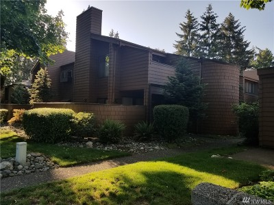 Kirkland Condo/Townhouse For Sale: 11500 NE 128th St #47