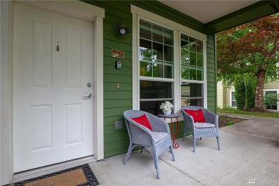 North Bend, Snoqualmie Condo/Townhouse For Sale: 7709 Fairway Ave SE #102