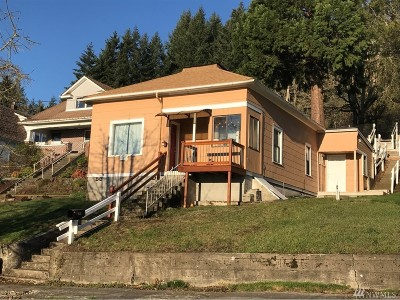 Chehalis Single Family Home For Sale: 580 NE Adams Ave