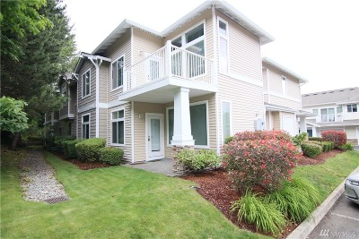 Kent WA Condo/Townhouse For Sale: $289,950