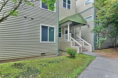 Bothell Condo/Townhouse For Sale: 20326 Bothell Everett Hwy #G-102