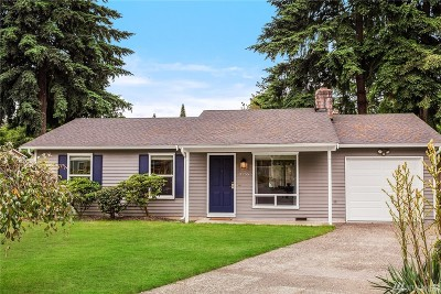 Kirkland Single Family Home For Sale: 9755 NE 126th Place