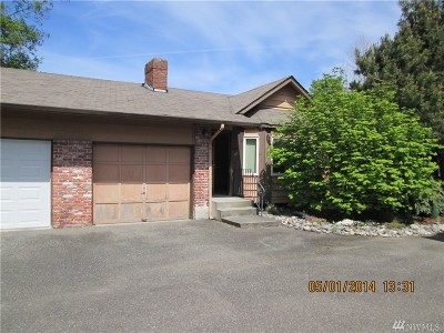 Spanaway Multi Family Home For Sale: 2208 204th St Ct E