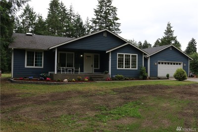 Spanaway Single Family Home For Sale: 8216 209th St E