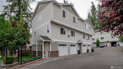 Everett Condo/Townhouse For Sale: 6905 Rainier Dr #A-2