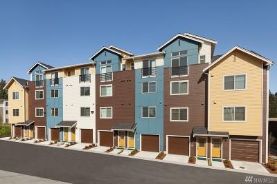 Bellevue Condo/Townhouse For Sale: 1422 159th Place NE #6.2