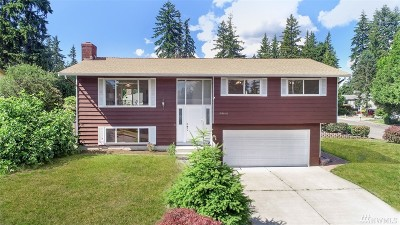 Kirkland Single Family Home For Sale: 10644 NE 140th St