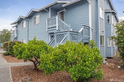 Oak Harbor Condo/Townhouse Sold: 537 NE Ellis Wy #D202