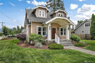 Enumclaw Single Family Home For Sale: 3253 Porter St