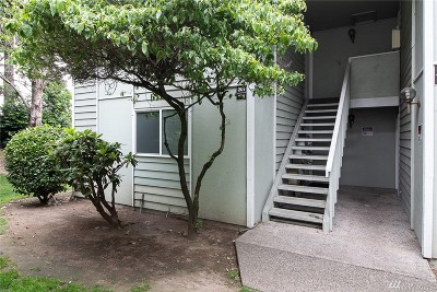 Everett Condo/Townhouse For Sale: 921 130th St SW #C101