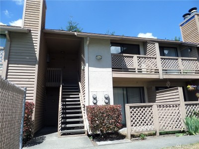 Seattle Condo/Townhouse For Sale: 12434 Ambaum Blvd SW #B210