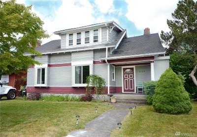 Centralia Single Family Home For Sale: 820 N Washington Ave