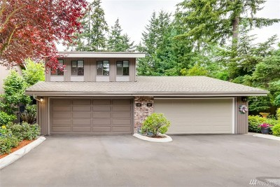 Bellevue Condo/Townhouse For Sale: 163 140th Place NE
