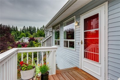 Bellingham Single Family Home For Sale: 306 N Willow Ct