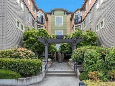 Bothell Condo/Townhouse For Sale: 15700 116th Ave NE #305