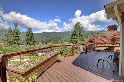 Bellingham Single Family Home For Sale: 2 Par Lane