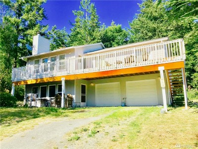 Anacortes Single Family Home For Sale: 7282 Holiday Blvd