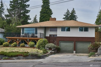 Mountlake Terrace Single Family Home For Sale: 6703 232nd Place SW