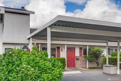 Marysville Condo/Townhouse For Sale: 4214 84th St NE #10