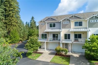 Tacoma Condo/Townhouse For Sale: 5317 Military Rd E #A