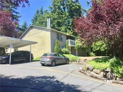 Lynnwood Condo/Townhouse For Sale: 20032 66th Place W #B2