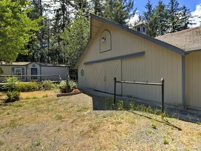 Shelton Single Family Home For Sale: 232 E Johns Creek Rd