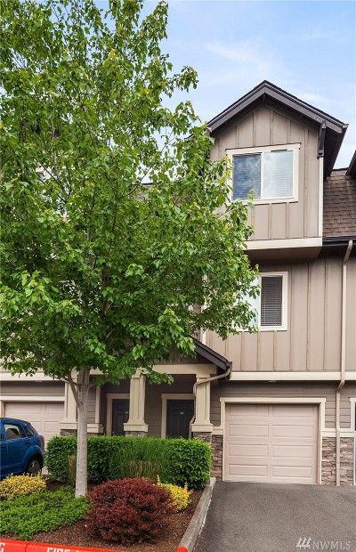 Snohomish Condo/Townhouse For Sale: 1900 Weaver Road #C104
