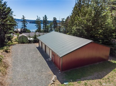La Conner, Anacortes Single Family Home For Sale: 7412 Holiday Blvd
