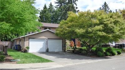 Bothell Single Family Home For Sale: 8900 NE 191st Place