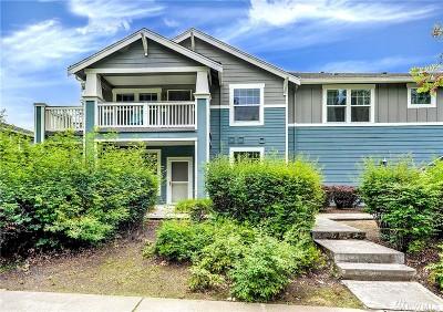 Redmond Condo/Townhouse For Sale: 10523 NE 221st Ln #102