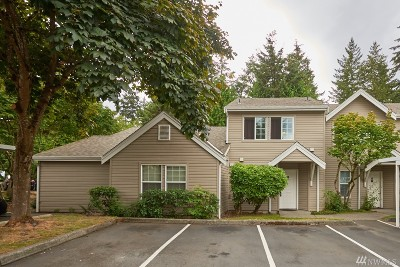 Federal Way Condo/Townhouse For Sale: 2100 S 336th St #P2
