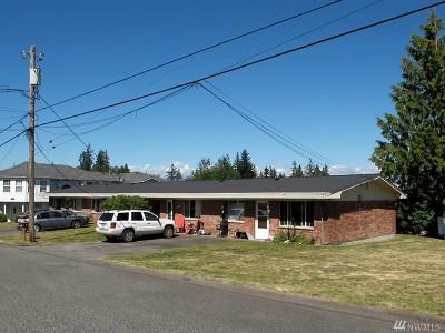 Everett Multi Family Home For Sale: 4827 Vesper Dr