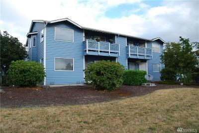 Oak Harbor Multi Family Home For Sale: 651 NE Ellis Wy