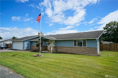 Nooksack Single Family Home Sold: 214 Hertel Wy