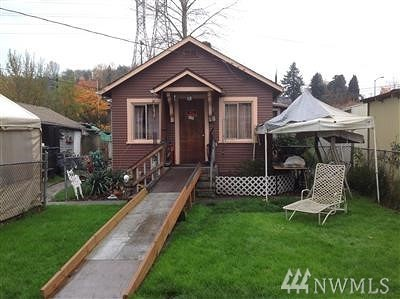 Seattle Single Family Home For Sale: 8617 44th Ave S