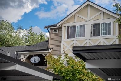 Kent Condo/Townhouse For Sale: 10619 SE 261st Pl #E301
