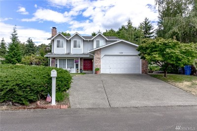 Steilacoom Single Family Home For Sale: 105 Lila Ct